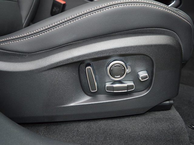 517563_1406502725063_slide bei GB PREMIUM CARS in