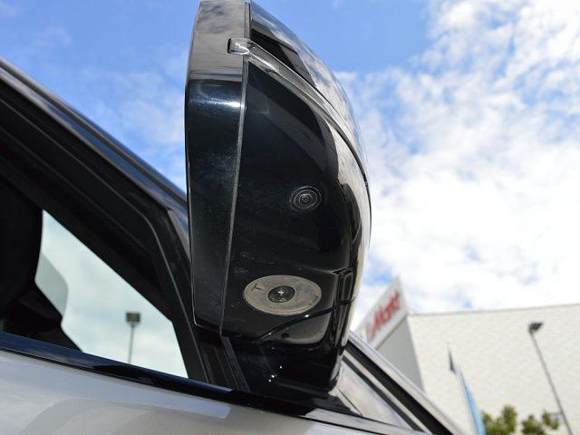 517713_1406506376158_slide bei GB PREMIUM CARS in